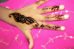 Simple Mehndi Designs-0
