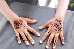 Simple Mehndi Designs-12