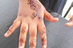Simple Mehndi Designs-4